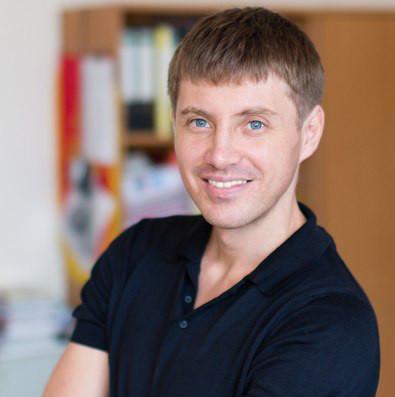 Александр Стефанов