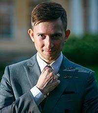 ведущий Владимир Балакин