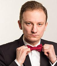 ведущий Антон Елагин