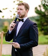 ведущий Захар Таранов